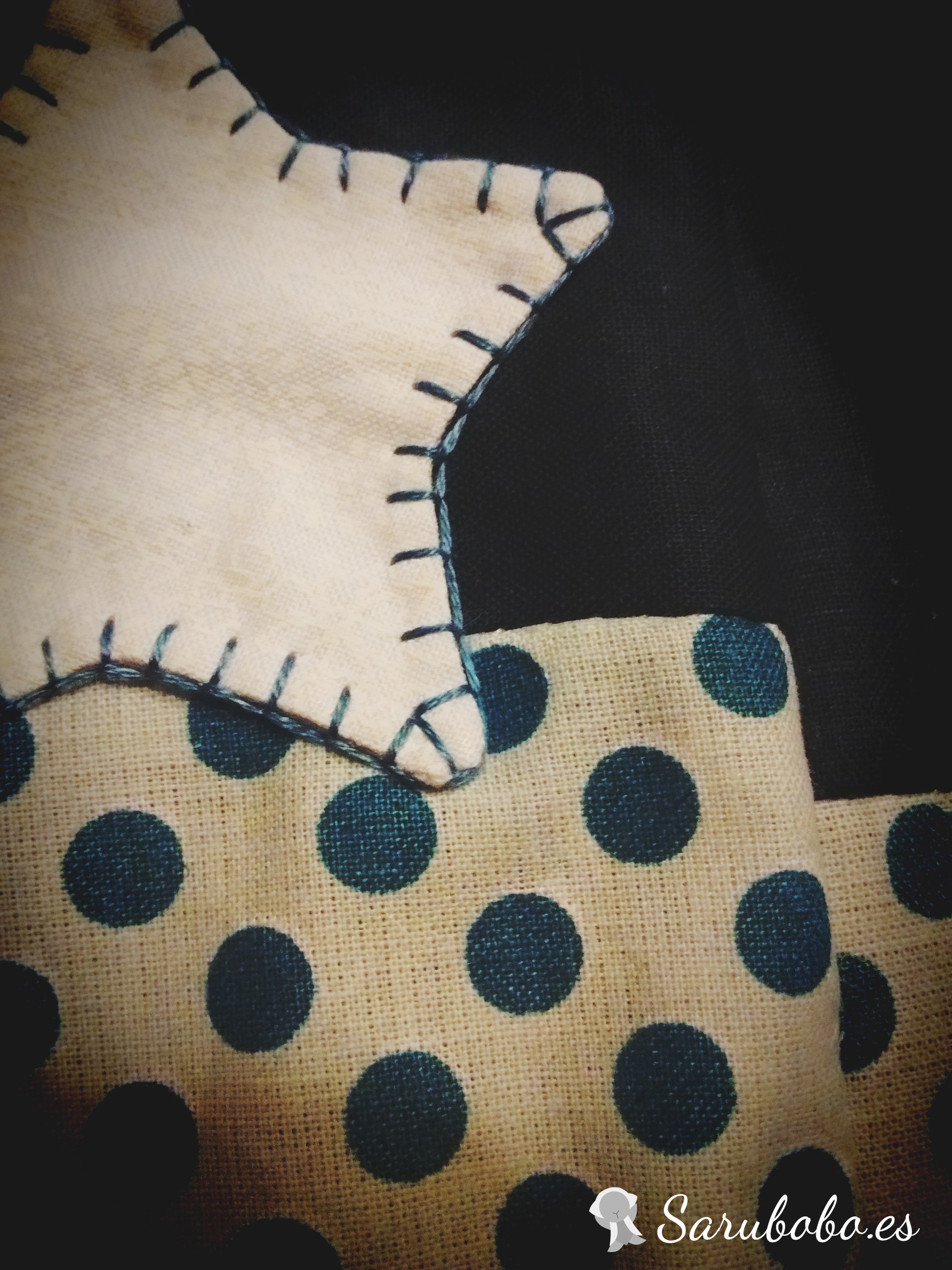Luna Patch | Etiquetas edredón, Labor de retales, Bordado y